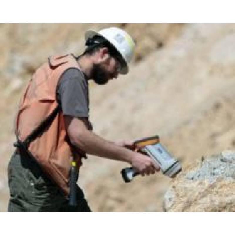 Портативный анализатор металлов и сплавов Х-МЕТ 7500 - фото 1