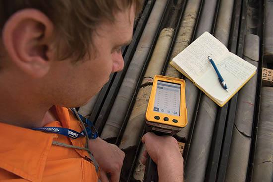 Анализатор для контроля качества руд
